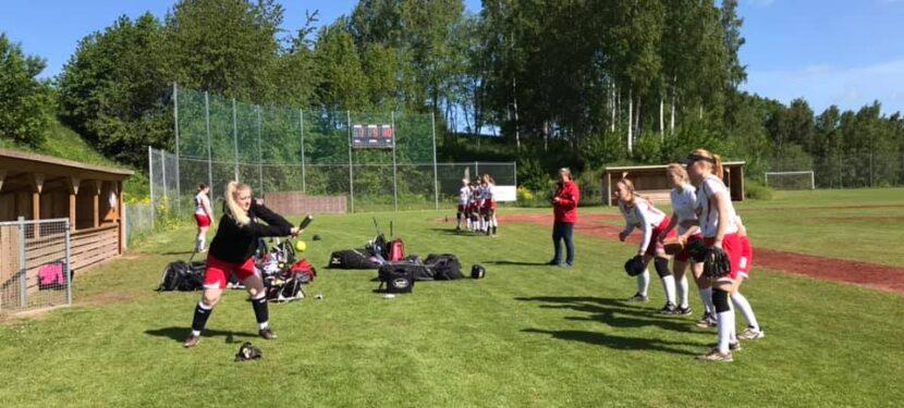 Mulighed for at møde den nye U18 damelandsholdstræner og træne med U18